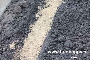 Tuinhappy.nl - worteltjes zaaien - scherp zand