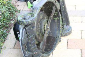 grasmaaier schoonmaken