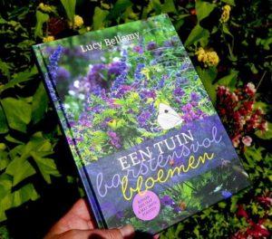 Een tuin barstensvol bloemen - tuinhappy - tuinblogger - blogger tuin